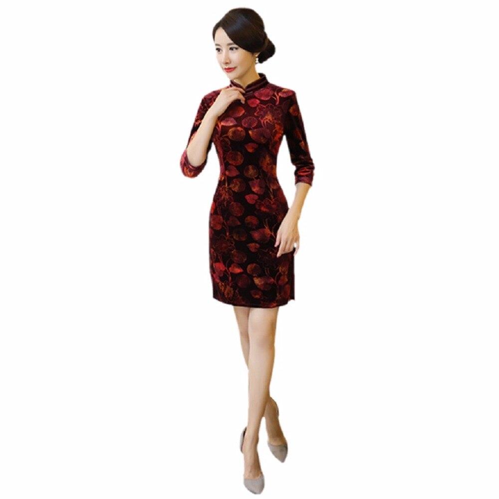 533d5635a2ef Shanghai Story Velluto Qipao Lunghezza Del Ginocchio vestito stile Cinese  Vestito cinese abito Orientale 3 4 di Autunno Del Manicotto cheongsam 2  Stile in ...