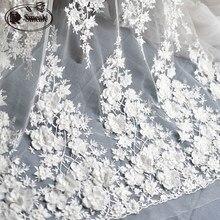 Fildişi beyaz düğün elbisesi dantel kumaş, 3D şifon çiçekler tırnak saten boncuk yüksek son avrupa dantel kumaş ücretsiz kargo RS583