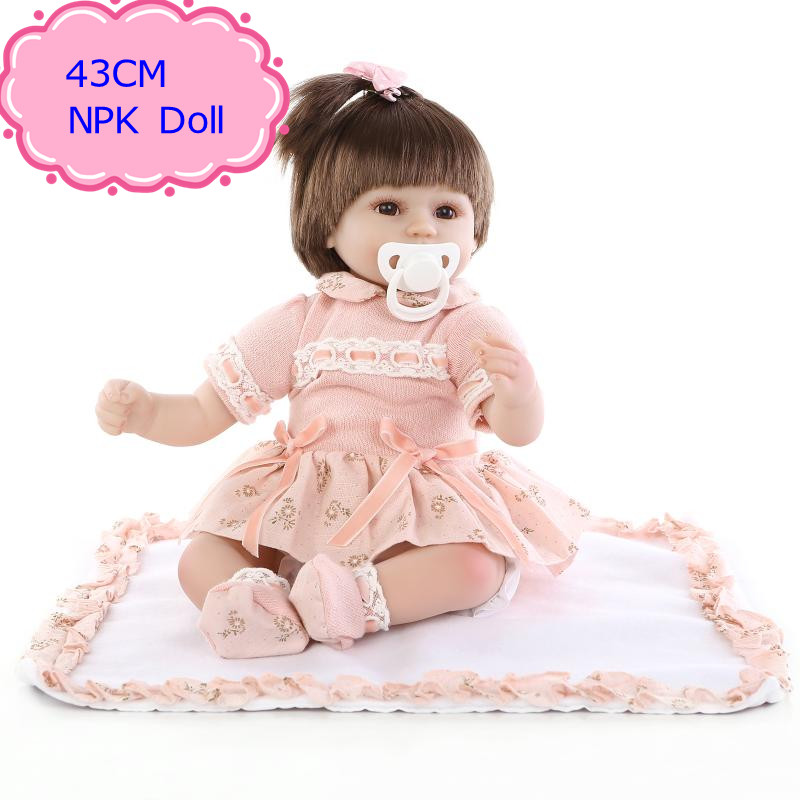 ФОТО Super Fashion 43cm 17'' Reborn Babies Bebe Doll With Cotton Mixed Fabric Dress Hot Welcome Beneca Bebe Reborn For Girls As Gift