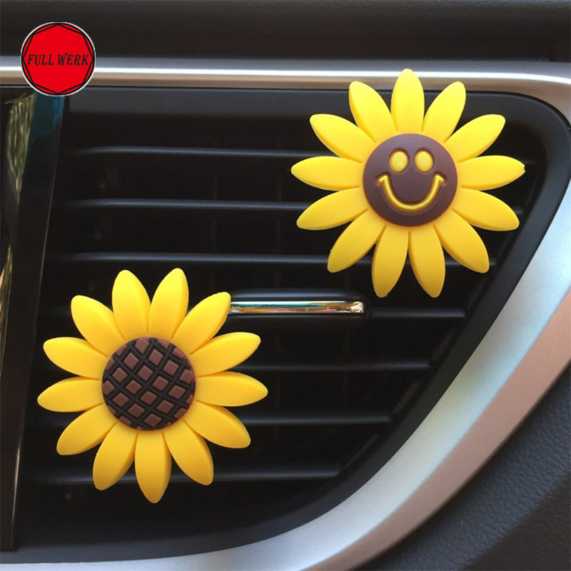 Lovely Sunflower Car Air Vent Clip Air Freshener Cotton Pad Perfume Holder Container Car Interior Decoration Accessories