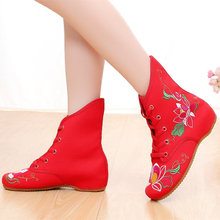 National Wind Autumn Winter Boots Women Flower Embroider Ankle Boots Woman Short Plush Shoes Fashion Snow Boots Bota Feminina vtota fashion autumn women s boots brand designers ankle boots for women shoes woman canvas bota feminina flat with boots x305