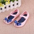 Zapatos de los niños Niñas Nuevo Bebé De Goma Mini Lindo Arco Niñas Sandalias de Los Niños Zapatos de Verano Arco Sandalias zapatos Bota de Lluvia