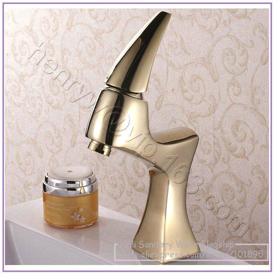 Здесь можно купить  L15797 - Luxury Deck Mounted Hot & Cold Water Brass Golden Basin Tap  Строительство и Недвижимость