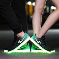 Moda 7 cor LED Sapatos para Adultos Unisex Cesta Femme Sapatos Leves Sapatos Mulheres Natal Diferente com os outros