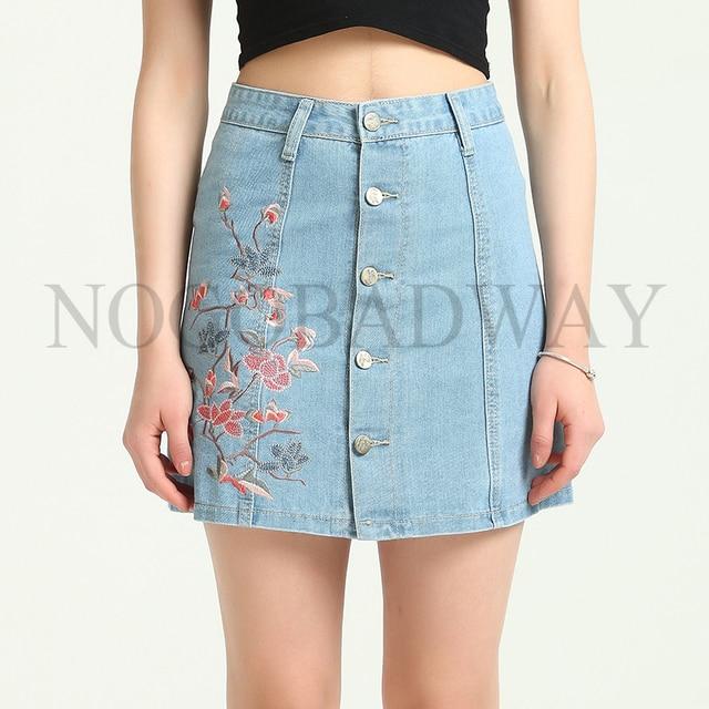 28697219d € 10.62 15% de DESCUENTO|Plus tamaño Denim de cintura alta faldas de verano  de 2019 estilo Floral bordado corta Mini falda Jeans botón casuales de ...