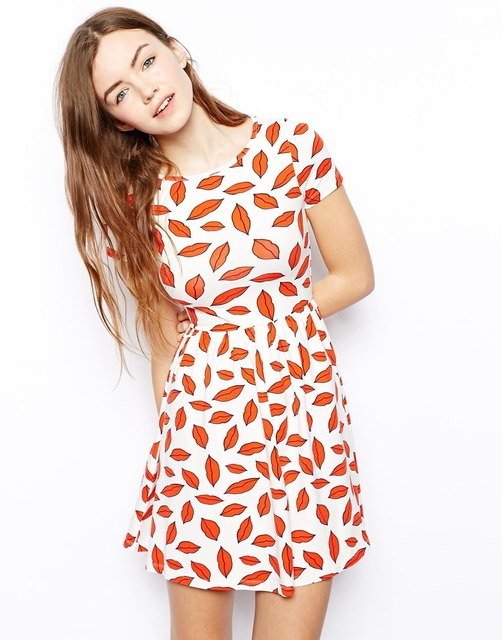 6826d696ec09 2015 Fashion Women Summer Cute Dress Red Lips Kisses Print Casual Dresses  Vestido De Festa Short Sleeve Mini Dress Free Shipping