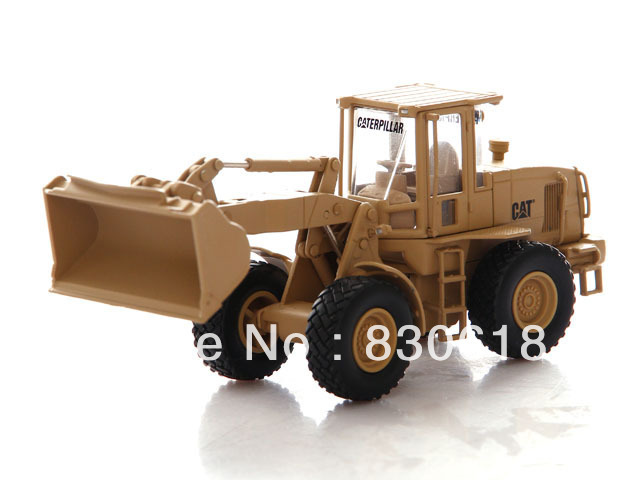 Norscot 1/50 CAT Military 924H Versalink Wheel Loader NRS55250 Construction vehicles toy