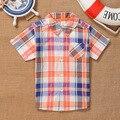 Roupa de Crianças de verão Terno Menino Shirt + Calças Curtas 2 PCS Moda Meninos de Manga Curta Terno do bebê 2 Cores Para 2 ~ 5 Anos crianças
