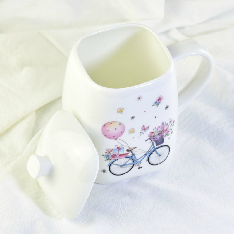 500ml Creative Square Mug Large-sized bone china cup with lid Ms. Gift Cup with handle with cover