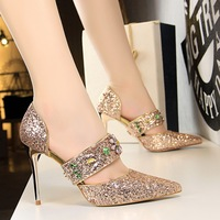 New 2018 Fashion Side Open Bling Rhinestone High Heels Shoes Women Pumps Sexy Luxury Party Wedding Shoes Elegant Pointed Toe