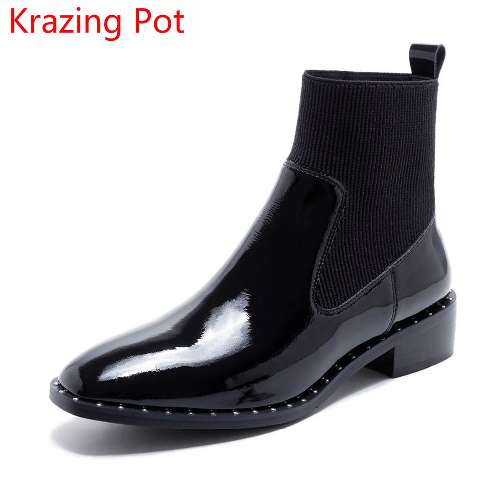 Handmade Genuine Leather Shoes Woman Med Heel Rivets Slip on Square Toe Ankle Boots Runway Classic Punk Style Chelsea Boots L81 vinlle 2017 women pumps college style square med heel vintage slip on pu leather shoes casual round toe girl shoes size 34 40