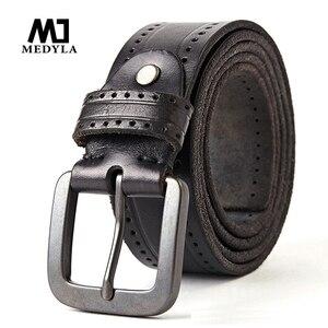 Image 1 - Medyla Fashion Vintage Originele Koeienhuid Mannen Echt Lederen Riem Legering Pin Gesp Jeans Zwarte Riem Voor Mannen MD535 Dropship