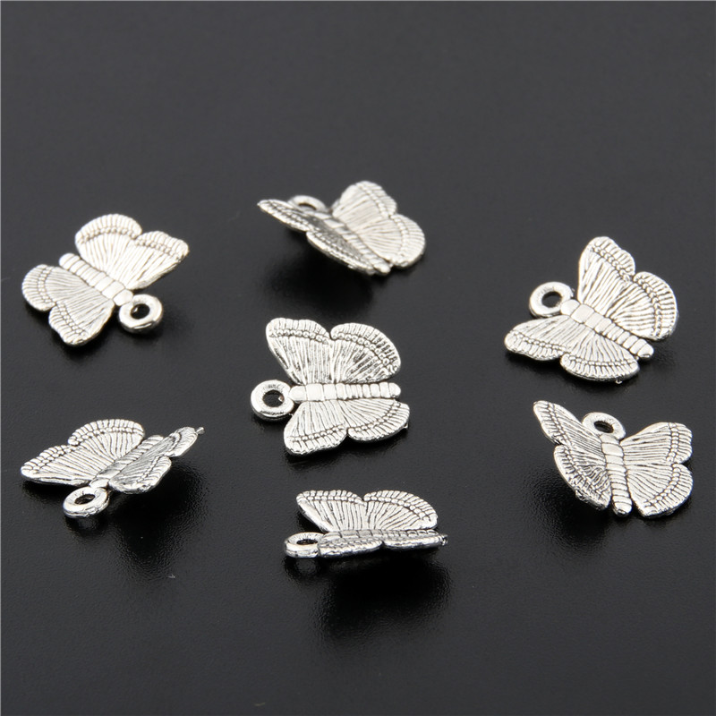 50pcs Antique Silver Flying Butterfly Charm Necklaces Pendant For Bracelet Necklace Jewelry Accessorie Making Handmade DIY A2683