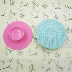 Image 3 - 1pcs Silicone Makeup Brush Cleansing Pad Palette Brush Cleaner Cleaning Mat Washing Scrubber Pad Cosmetic Make Up Cleaner Tools