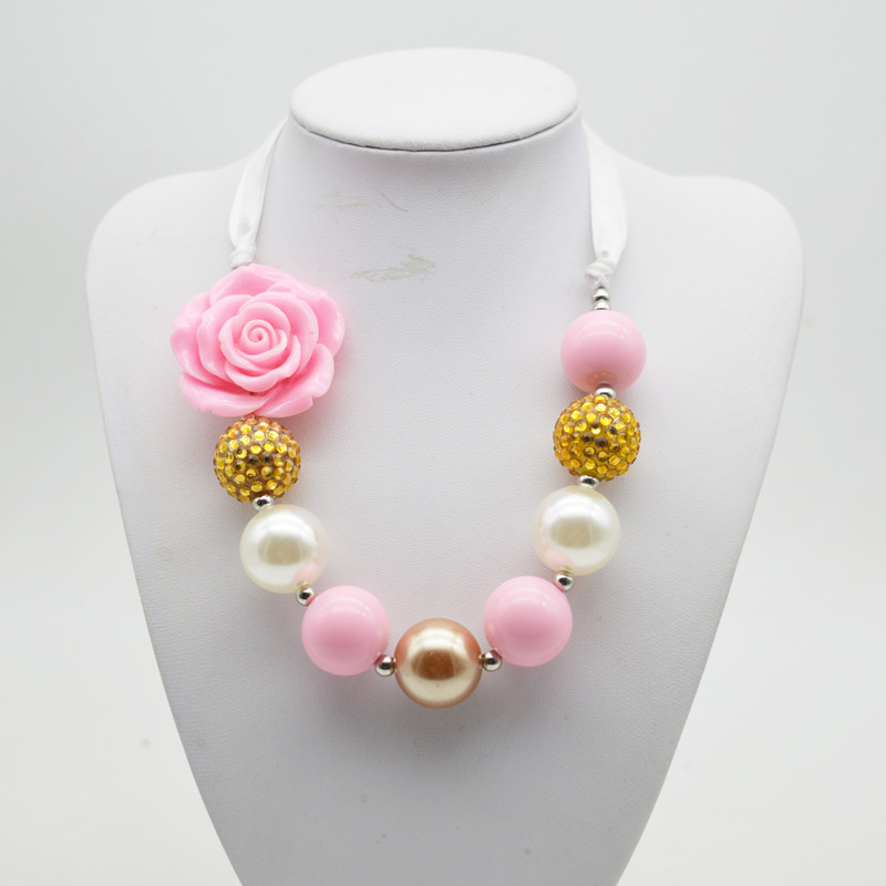 Children chunky pink flower necklace 201s