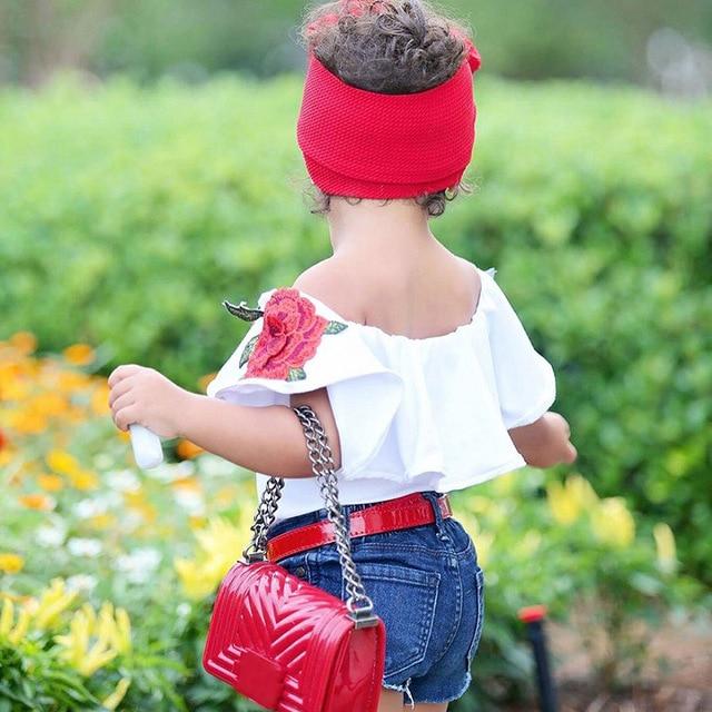 Nouvelles Filles De Mode Costume D'été Mot Épaule T-shirt et Sequin Denim Shorts 2 pcs/ensemble rose Chemise Enfants de Vêtements Ensemble TZ529 1