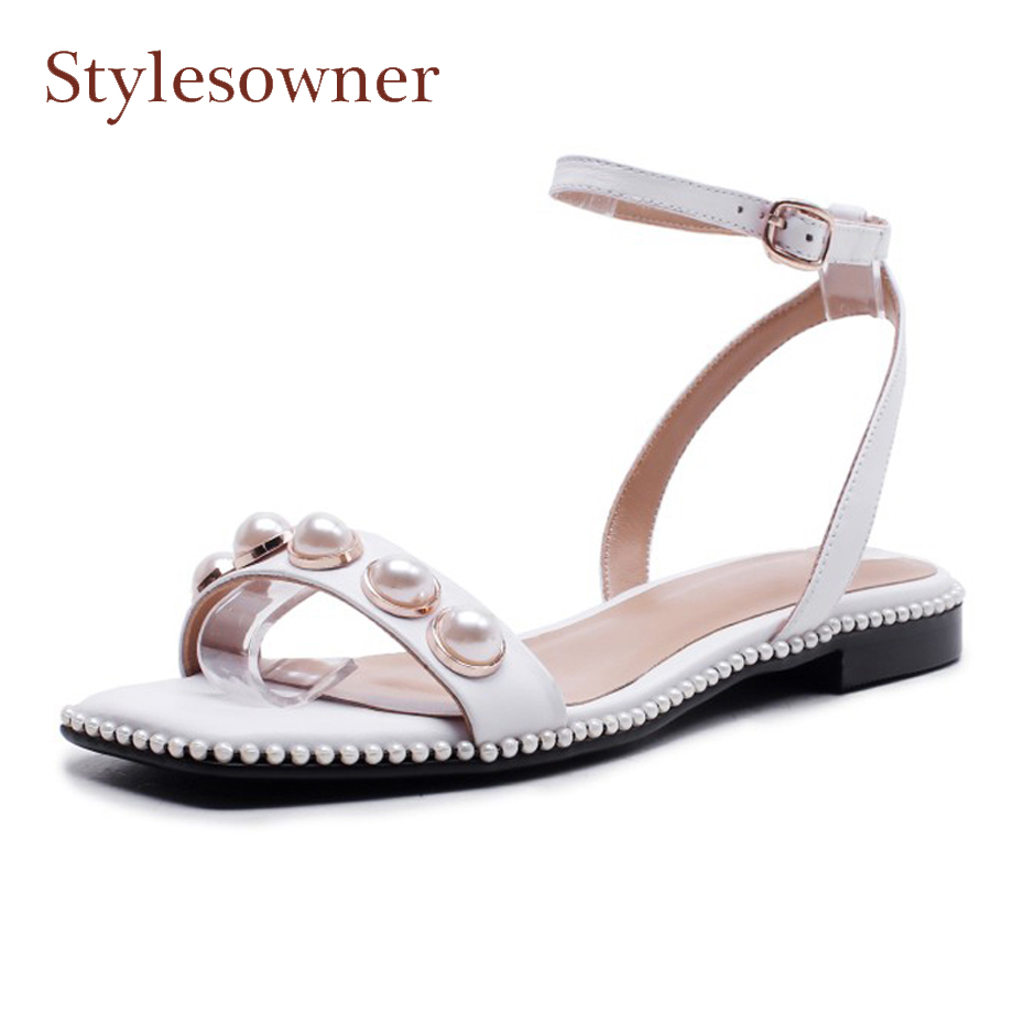 Stylesowner fashion women's summer genuine leather belt buckle gladiator sandals pearl bead square toe women casual shoes flats цена 2017