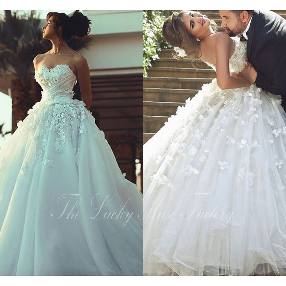 Princess Style Wedding Dress With 3D Floral Flowers Sweetheart ...
