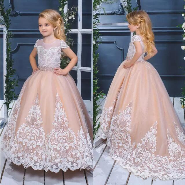 Pretty Puffy Flower Girls Dresses For Weddings 2018 Lace Appliqued Ball Gown Communion Dress Little Kids Pageant Gown princess ball gown red lace flower girls dresses for weddings birthday communion kids stage performance