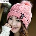 Yi-noki hairball chapéu do inverno mulheres fall 2015 moda snapback caps chapéus de proteção da orelha quente chapéu de lã tampa presa beanie skullies
