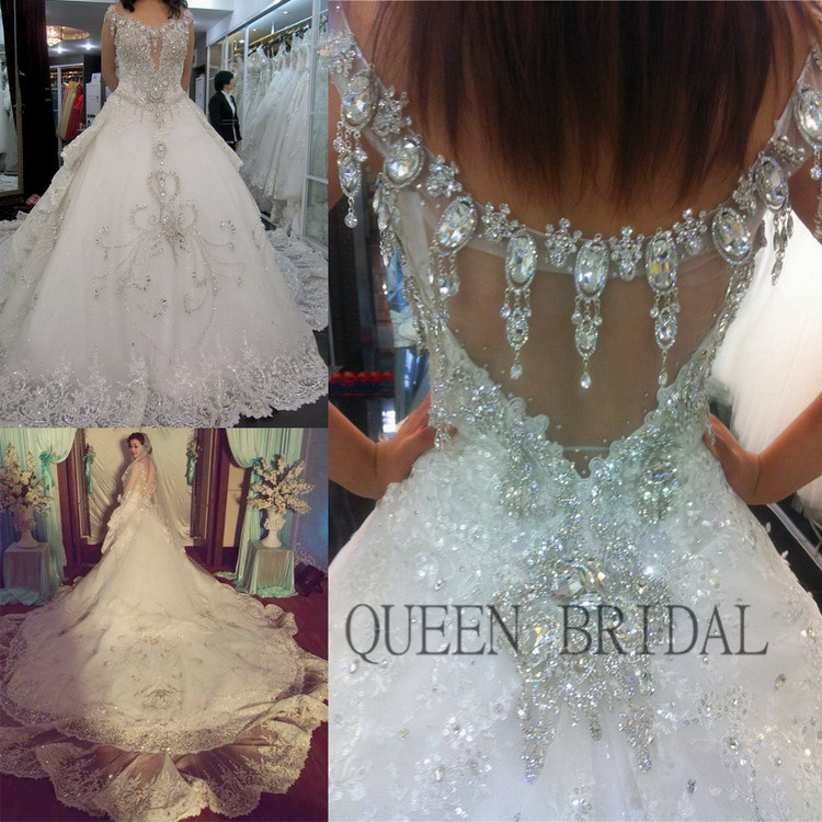 Hot Price Long Train Luxury Crystals Sequins Lace Beaded