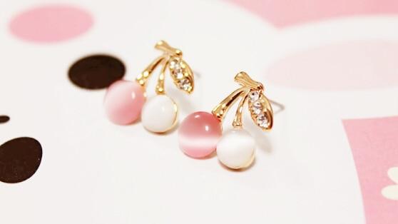 Jewelry Temperament Small pink Cherry Earrings rhinestone leaf earings outstanding Woman