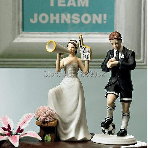 livraison gratuite combl avec amour couple figurine drles toppers gteau de mariagechina mainland - Figurine Mariage Humoristique