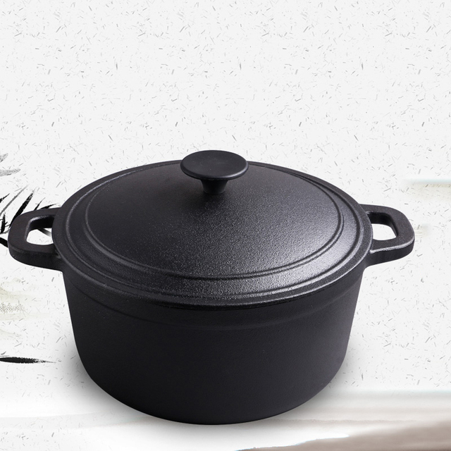 Vintage cast iron stew pot home soup traditional Dutch pot for a variety of stoves
