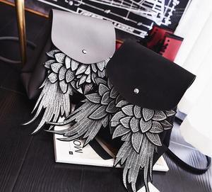 Image 1 - Willsrain אישה אופנה שחור תרמיל עם כנף טובה באיכות ייחודי עיצוב מלאך pu ליידי תיק שיק בגיל ההתבגרות תרמיל boslo