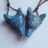 2PCS Natural Gemstone Carved Blue Foss il Coral Wolf Head fashion Pendant Bead,26x18x8mm,3.4g,27x18x9mm,3.8g