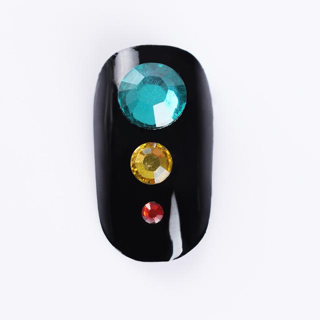 2000Pcs BORN PRETTY Flatback Nail Rhinestones Colorful Crystal Mixed Size Nail Studs 1 Bag HotFix Manicure Nail Art Decorations