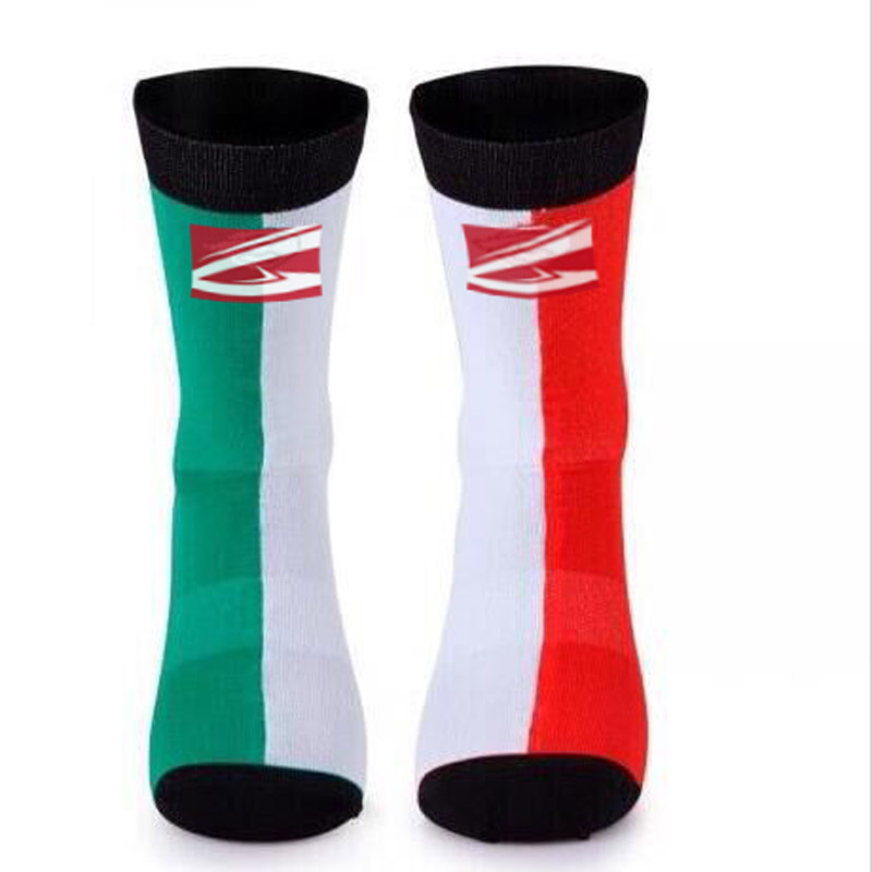 Bmambas High Quality Professional Brand Cycling Sport Socks Protect Feet Breathable Wicking Socks Cycling Socks Bicycles Socks