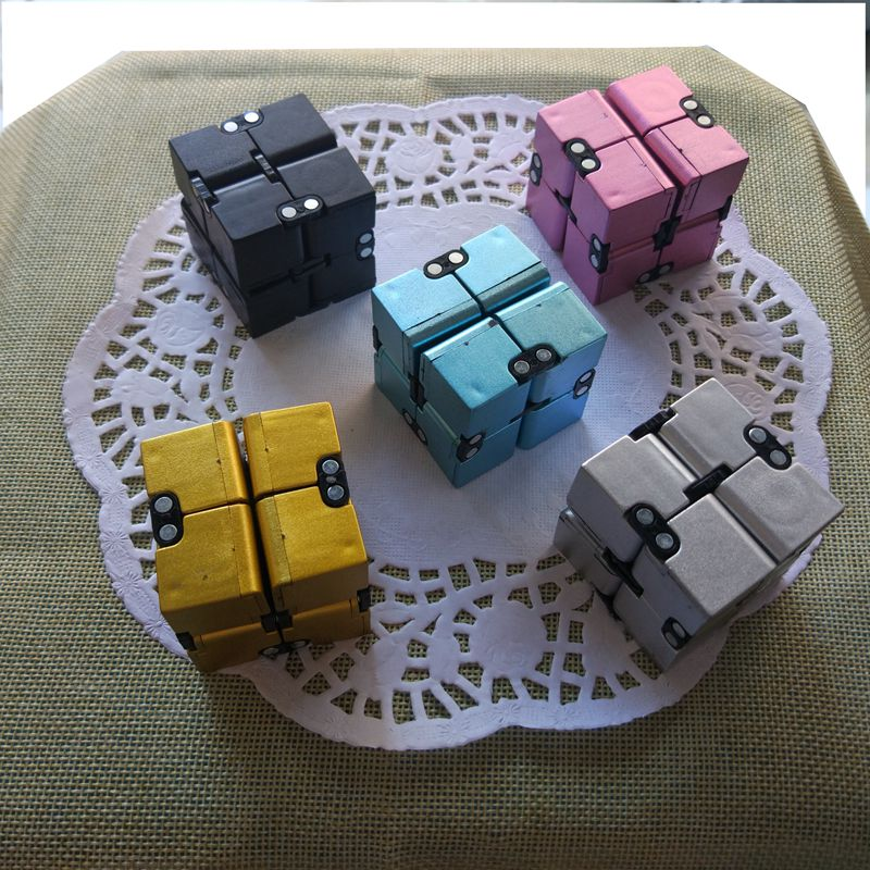 New Trend Creative Infinite Cube Infinity Cube Magic Fidget Cube Home Work Office Class Cubic Puzzle Anti stress Reliever Toys infinity cube new style spinner fidget high quality anti stress mano metal kids finger toys luxury hot adult edc for adhd gifts