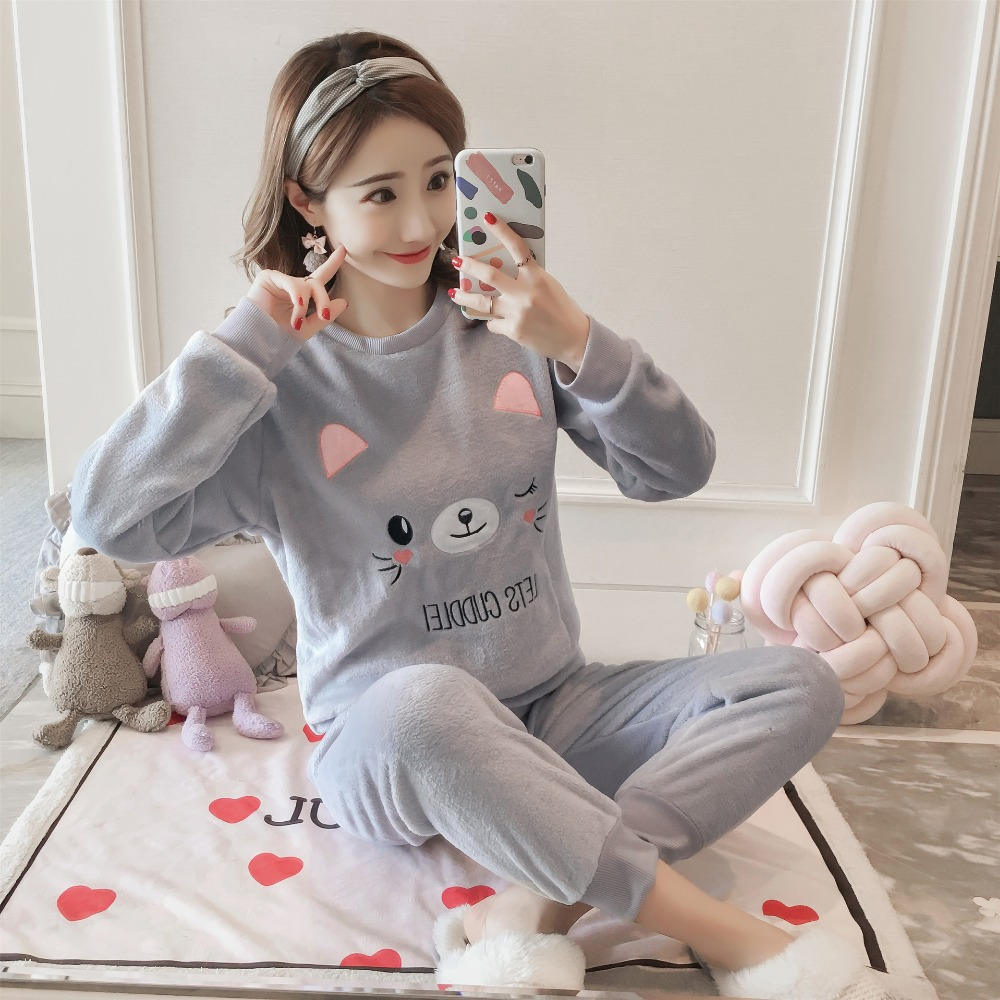 Winter Flannel   Pajamas     Set   Polyester Full Trousers Lady Two Piece Cartoon Cute Cat Lady Pyjama Home Sleepwear 2019 Top Fashion