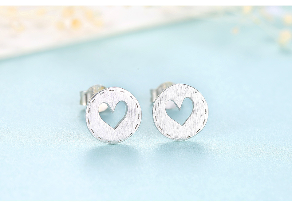 S925 sterling silver round hollow heart earrings female temperament simple earrings LBM13