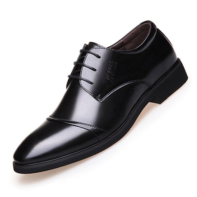2018 Neue Männer Der Schuhe Verkauf Hochwertige Schuhe Leder Formal Dance Herren Spitze Kopf Helle Leder Mesh Business Leder Schuhe