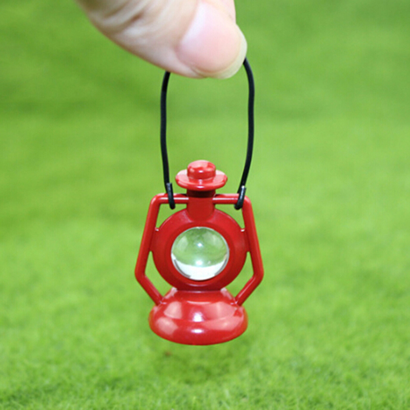 New 1: 12 Miniature Dollhouse Red Kerosene Oil Lamp For Blyth BJD Doll House Decoration Accessories Toys For Children