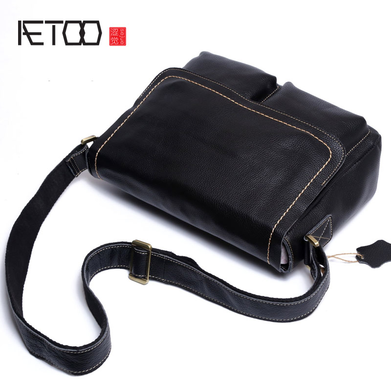 AETOO The first layer of leather Messenger bag men leather leather handbag shoulder bag cross section of the big bag men s leather oblique cross chest packs of the first layer of leather deer pattern men s shoulder bag korean fashion men s bag
