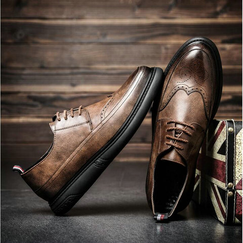 New Arrival  Retro Bullock Design Men Classic Business Formal Shoes Pointed Toe leather shoes Men Oxford Dress Shoes  LL-59Z Pakistan