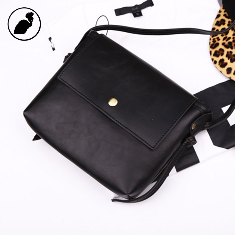 ETONWEAG Brands Cow Leather Women Messenger Bags Envelope Black Small Flap Bag Preppy Style Vintage Crossbody Mini Shoulder Bags 2017 fashion all match retro split leather women bag top grade small shoulder bags multilayer mini chain women messenger bags