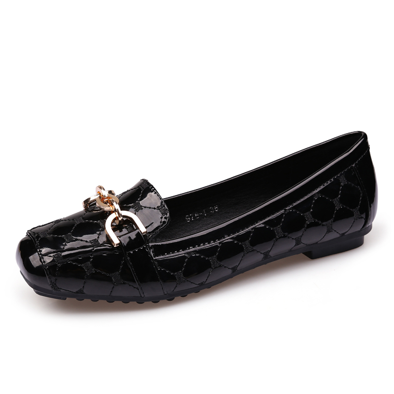 2018 Flat Shoes Woman Loafers Women Boat Shoes Party Wedding Dress Soft Bottom Square Toe Striking Luxury Brand Design Style
