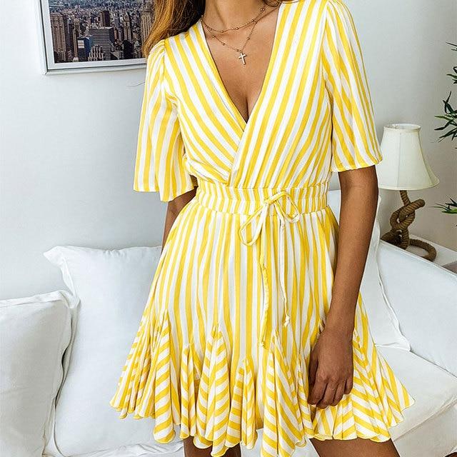 2019 Summer Striped Dress Women Print Mini Beach Dress Female Party Ladies Short Sleeve Sexy V-Neck Boho Dress Lace Up Pleated
