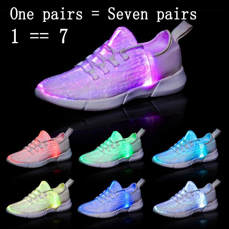 Tamanho 25 46 Iluminação De Fibra Óptica Led Sapatos para meninos das  meninas Sapatilhas das mulheres dos homens Novo Carregamento USB Luminosa  Brilhante ... 4a1a9457875