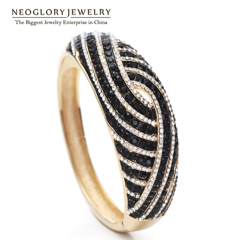 Neoglory Light Yellow Gold Color Czech Rhinestone Fashion Bangles   Bracelet  for Women Party Jewelry 2018 New Arrival QC4-in Bangles from Jewelry ... 6d57be3ea3ce
