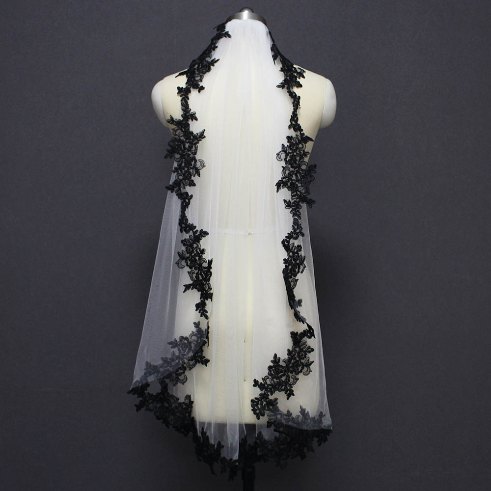 Image 3 - Black Lace Appliques White Ivory Tulle Short Wedding Veils One Layer Bridal Veil with Comb Wedding Accessories Veu de Noiva-in Bridal Veils from Weddings & Events