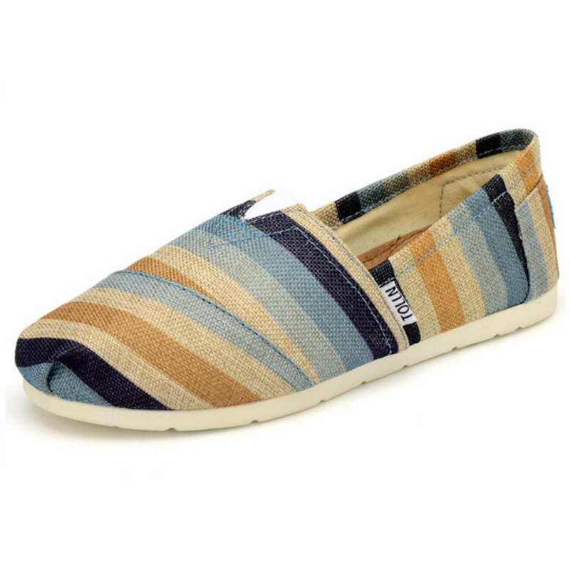 2017 Summer Fashion Men Zapatos de Lona alpargatas Hombres Zapatos Casuales Resbalón en Holgazanes Respirables de