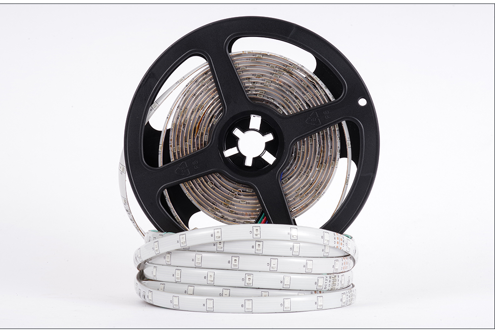 HTB19MJabsrrK1RjSspaq6AREXXaw LUCKYLED 5M LED Strip 12v RGB Waterproof 5050 2835 SMD Diode RGB Tape Ribbon Flexible LED Light Strip 60leds/m LED Stripe