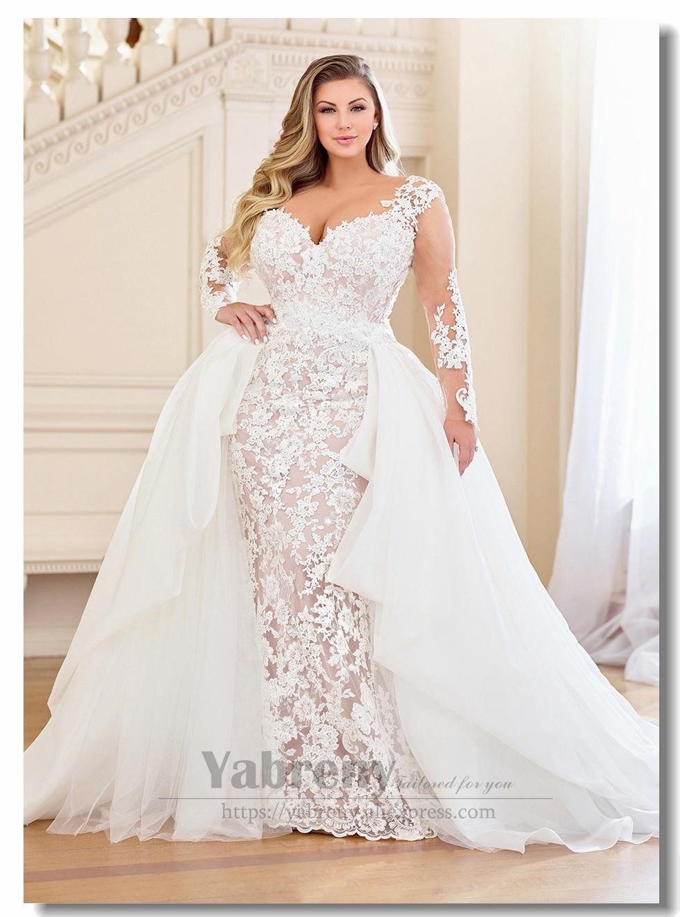Plus Size Lace Wedding Dresses With Detachable Train Lace Up