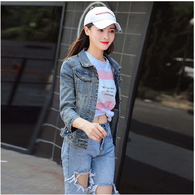 d29754cc7a4 European 2018 Autumn Fashion Blue Women Denim Jacket Embroidery Bee Coat Jeans  Jacket Women Jaqueta Jeans