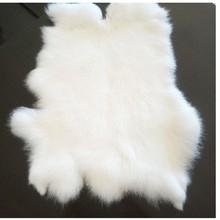 100% 本物のウサギの毛皮の敷物で白 40*24 センチメートル、ナチュラル形本物のウサギの毛皮マット家具、diyのウサギの毛皮素材販売